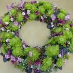Gruener Chrysanthemenkranz