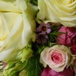 Brautstrauss weiss pink Detail